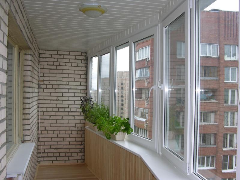 Отделка парапета на лоджии в Москве и Московской области