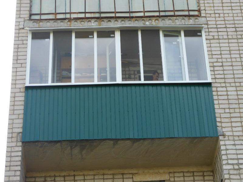 Наружная отделка балконов и лоджий гофролистом