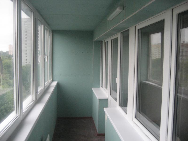 Отделка стен на балконе и лоджии гипсокартоном в Москве и Московской области