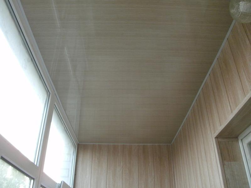 Отделка потолка ПВХ панелями на балконах и лоджиях